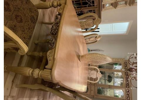 European Dining Room Set